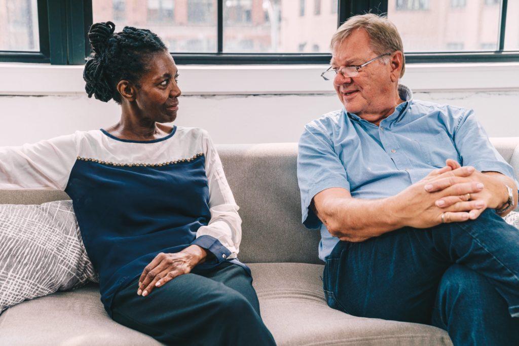 senior-man-woman talking